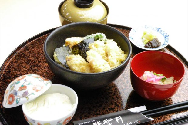 蛸島のタコ天丼定食 1,650円