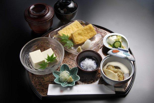 大浜大豆地豆腐定食 1,700円
